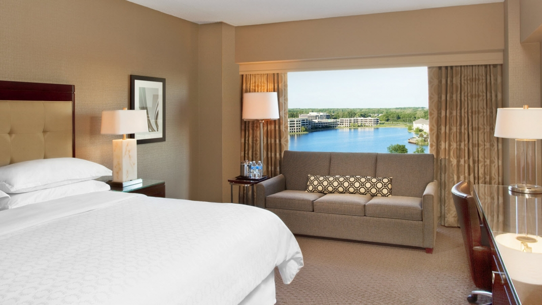 Photo courtesy of sheratonindianapoliskeystonecrossing.com