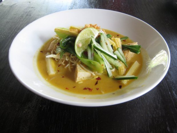 Where to Eat in Canggu Bali: Green Ginger Noodle House