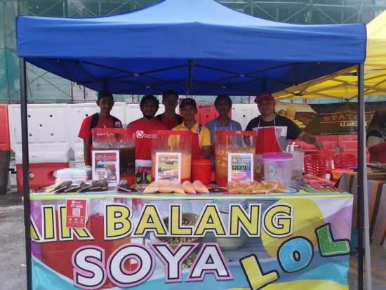 test-7-hacks-every-malaysian-should-know-when-buying-food-at-a-bazaar-ramadan-world-of-buzz-3 7 Hacks Every Malaysian Should Know When Buying Food at a Ramadan Bazaar