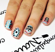 simple aztec nail art design