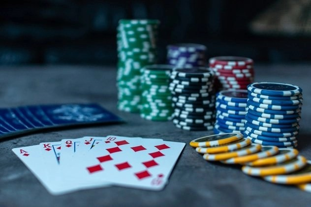 Cards and dice for poker game