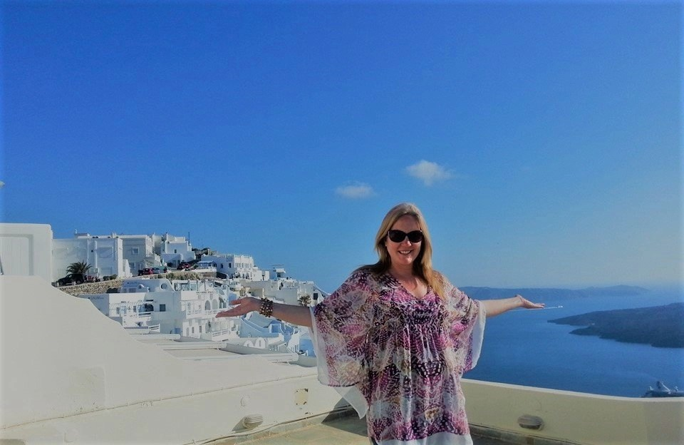 Sabina In Santorini, Working While Traveling For The World Of Freelancers Travel Blog