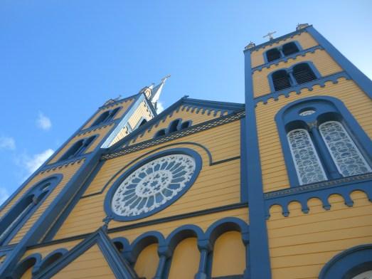 De kerk helemaal van hout