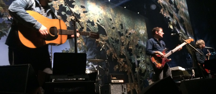 "Concertreview: ""Don't tell me that you don't have your own Trumps; I know you do!"" – Jeff Tweedy, Wilco"