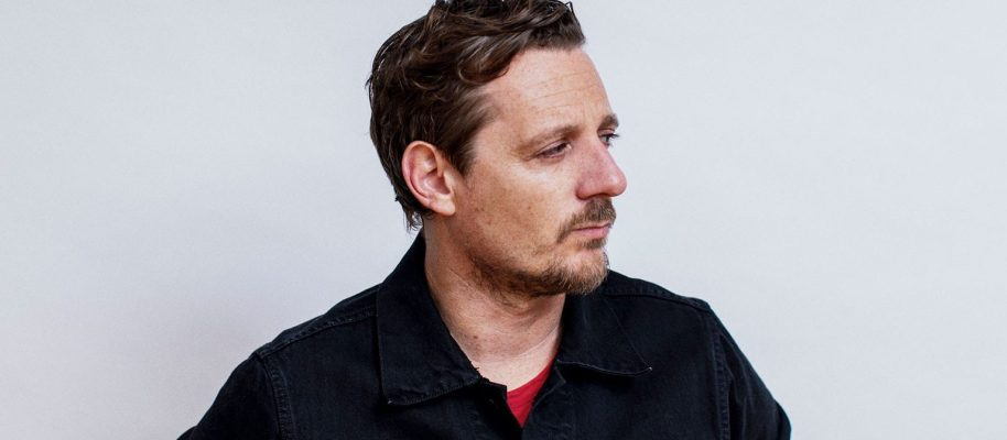 Real Roots Cafe: Sturgill Simpson – Cuttin' Grass – Vol. 1 – The Butcher Shoppe Sessions