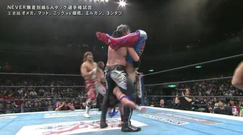 Kenny OMega tries to hit the Styles Clash on Yoshitatsu at NJPW Invasion Attack 2016