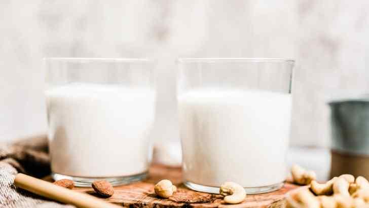 Homemade Almond Milk Recipe