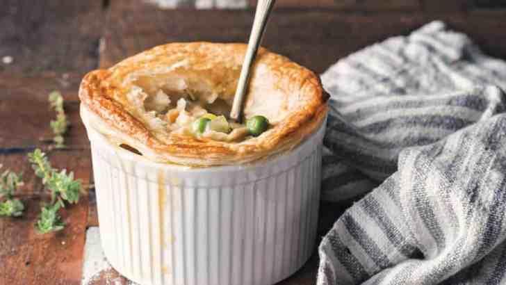 Easy Vegan Chicken Pot Pie