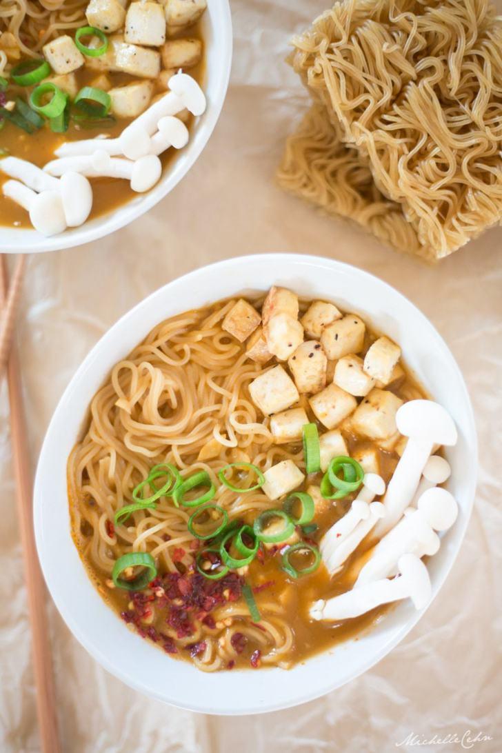 Vegan Ramen Noodle Soup | WorldofVegan.com | #vegan #ramen #soup #pasta #worldofvegan