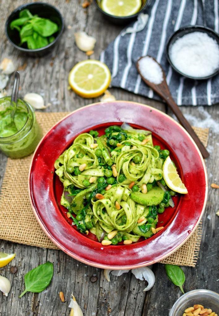 Vegan Pesto Pasta   Vegan Pesto Recipe   WorldofVegan.com   #italian #pesto #vegan #easy #recipe #pasta #basil #worldofvegan