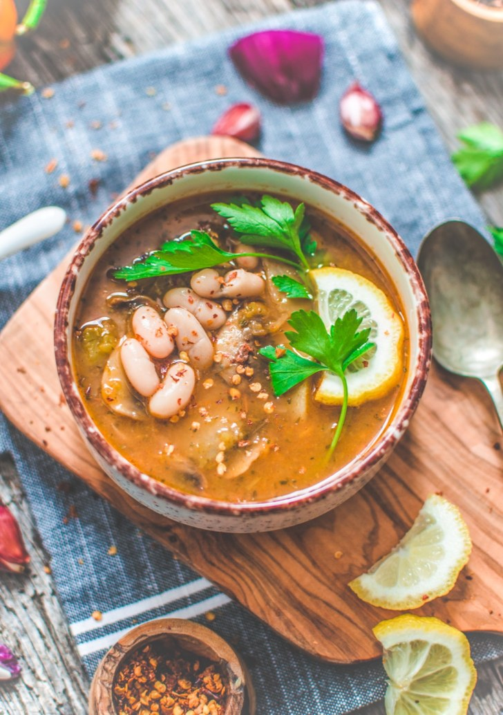 Cozy Bowl of Vegan Green Chili Soup