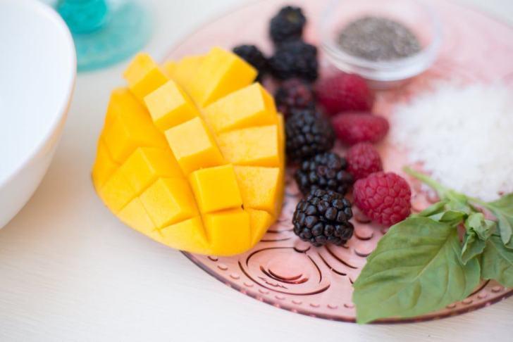 Mango Smoothie Bowl Toppings