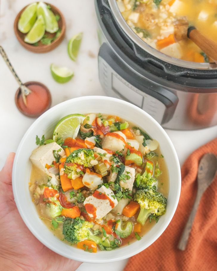 Easy Vegan Barley Vegetable Soup