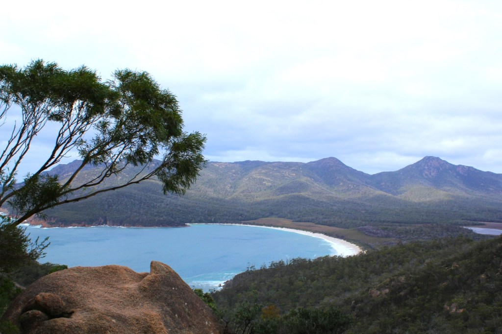Wineglass_Bay_Tasmania