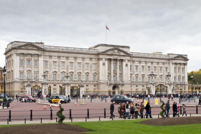 Buckingham Palace Carlos Delgado via wikicommons