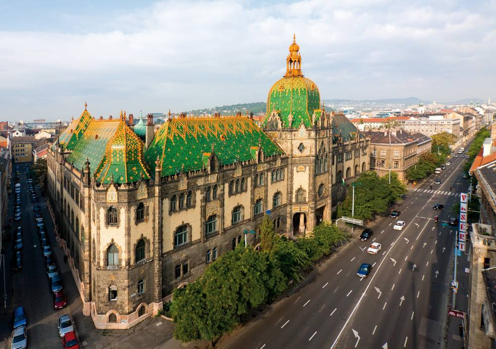 Museum-Applied-Arts-Budapest
