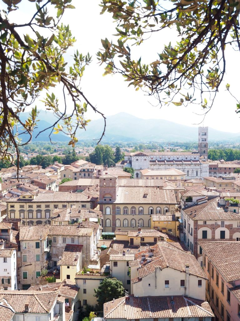 Guide_To_Tuscany_Lucca