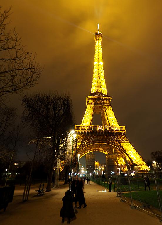 2 Tour Eiffel noche