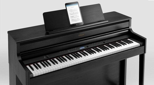 Roland HP-704 Digital Piano with iPad