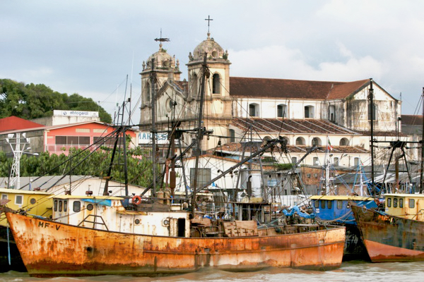 Belem Colonial Rustyboat