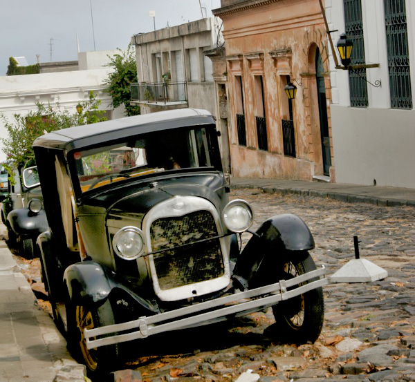 Colonia Old Car