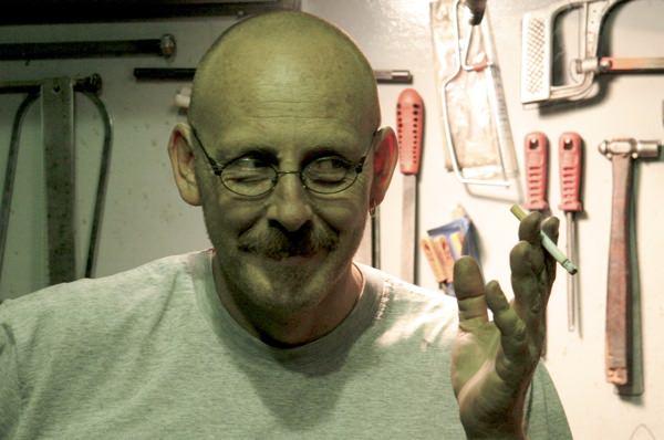 Javier Dakar Fumar