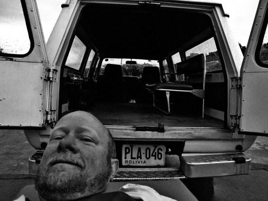 Loading Ambulance Bracamont