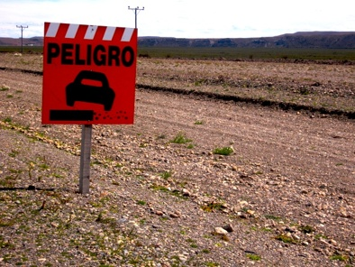 Peligro Road Sign