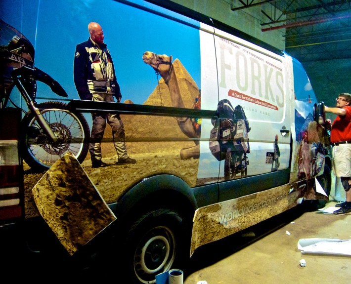 forks-quest-allan-karl-tour-van-wrapping