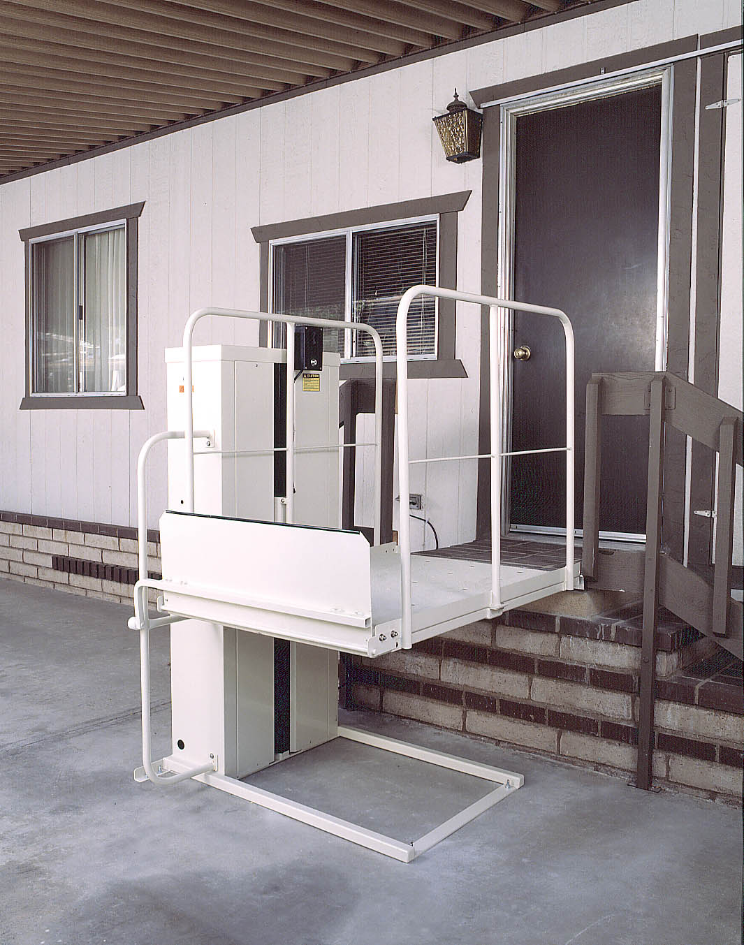 Vista scooter power bruno wheelchairs elevator lift harmar