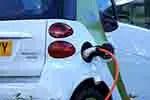 Plug-in electric car (courtesy of Pixabay.com)