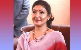 Himani Shah Biography