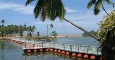 http://4.bp.blogspot.com/-kl2l28OmUWE/T0H1EBj_5dI/AAAAAAAAFN0/a72vkyIfggk/s1600/Veli+Tourist+Village.jpg