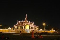 The Royal Palace at night