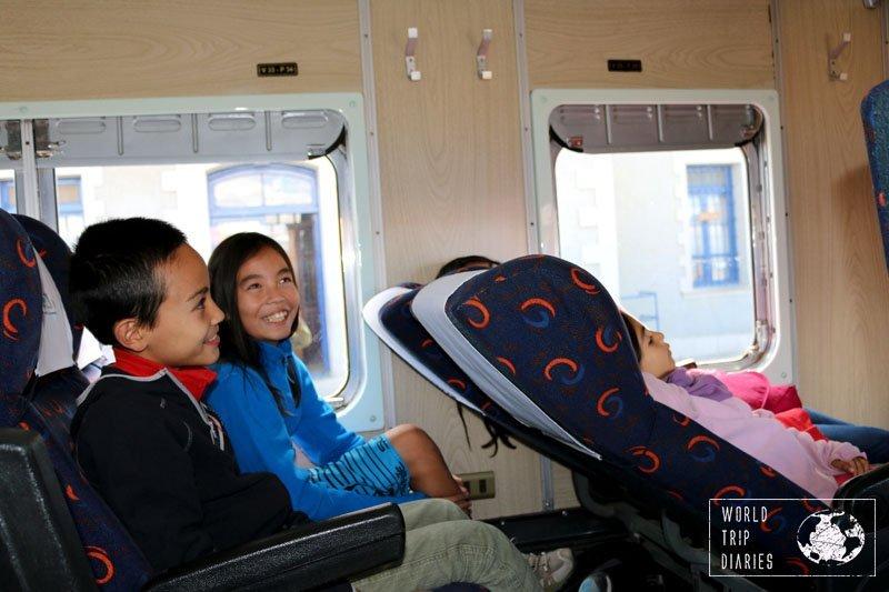expreso del sur train oruro uyuni bolivia