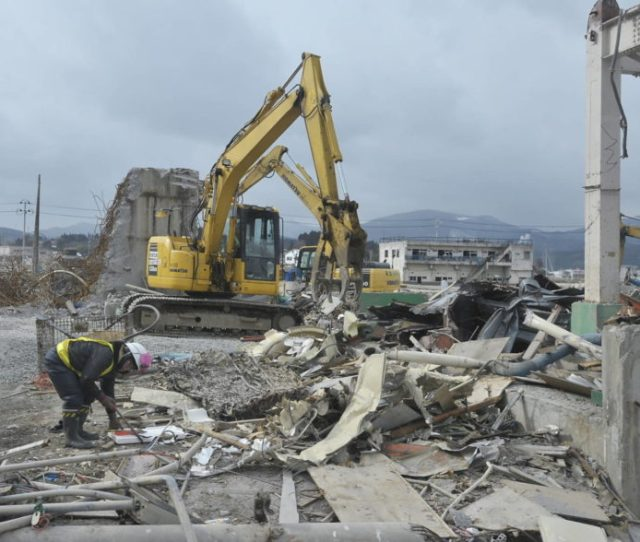 2011 Japan Earthquake And Tsunami Facts Faqs And How To Help