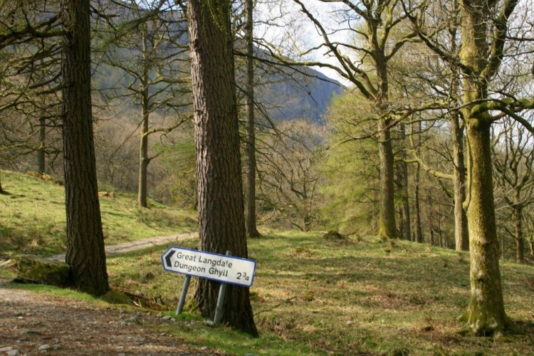 English Lake District Day Walk Great Langdale