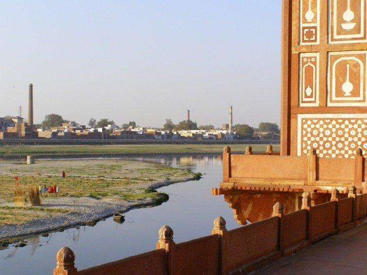 Agra-and-the-Taj-Mahal-India