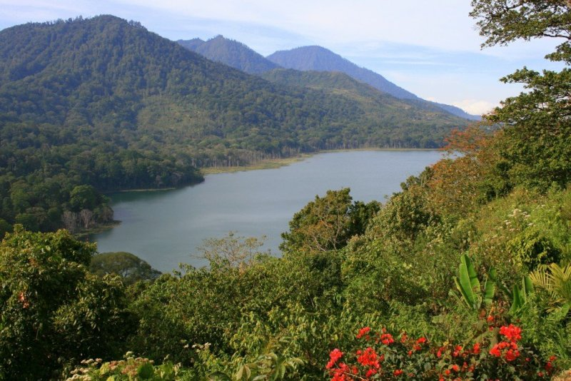 Lake Temblingan, Bedugul, Bali's Central Highlands