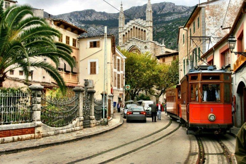 The Tren de Soller in Mallorca