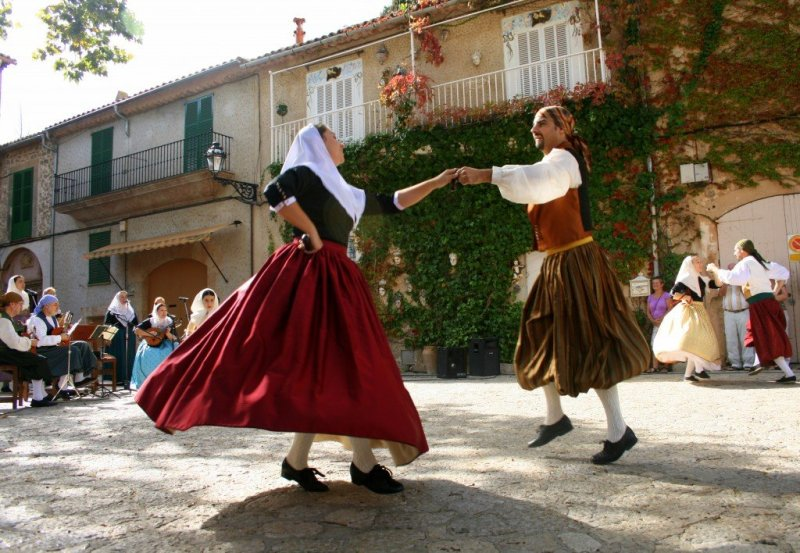 Valldemossa Folk dancing in Mallorca Spain