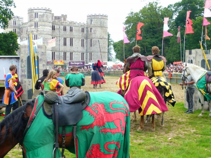 Jousting at Lulworth Castle