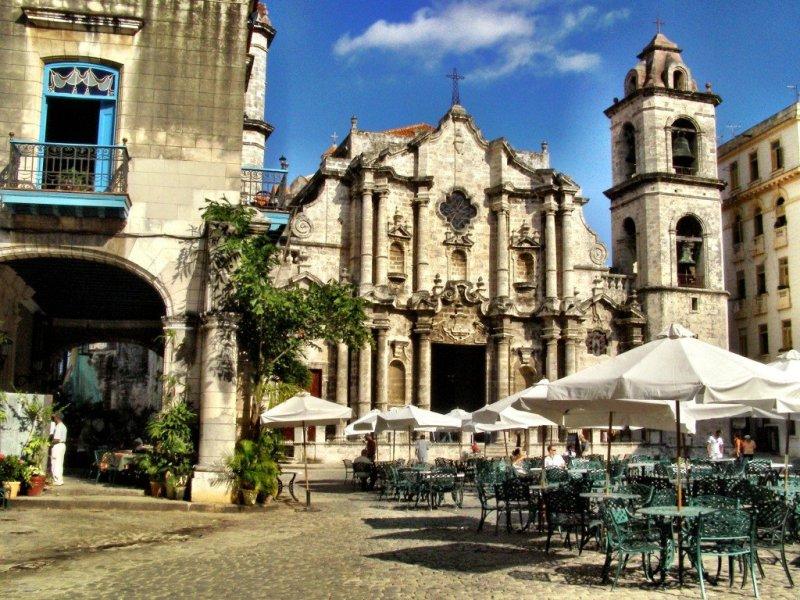 Havanas-magnificent-cathedral-Cuba