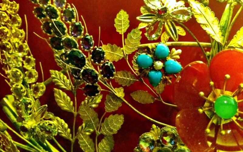 Jewellery - Museum of London