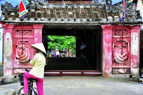 Hoi An bridge, Vietnam