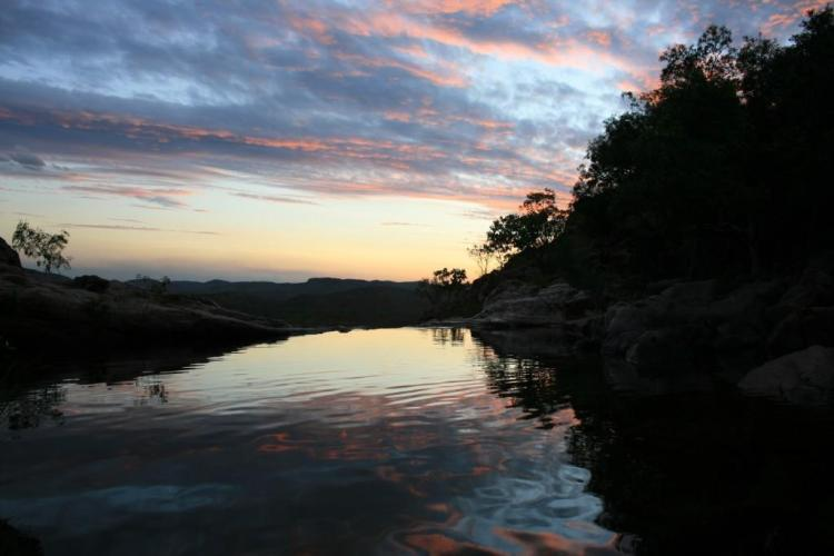 Gunlom Falls sunset in Kakadu National Park www.worldwanderingkiwi.com Natasha von Geldern