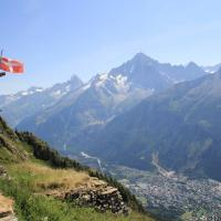 Hiking Tour du Mt Blanc: Les Houches to La Flegere