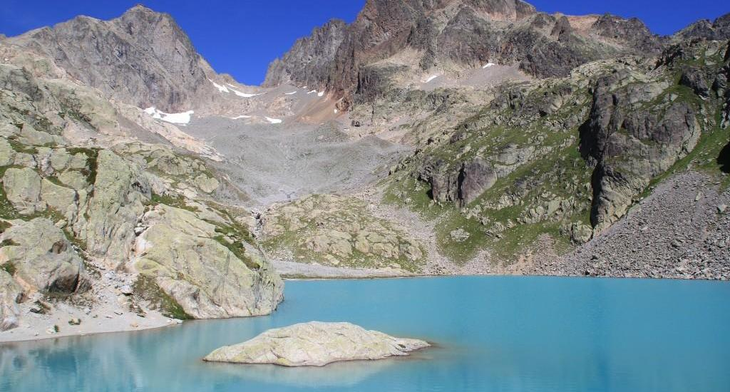 Beautiful Lac Blanc on the TMB