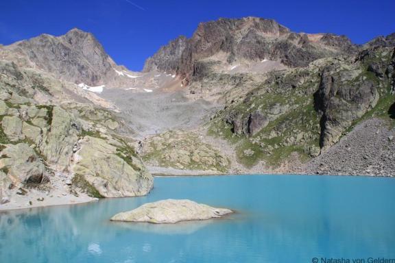 Beautiful Lac Blanc on the TMB