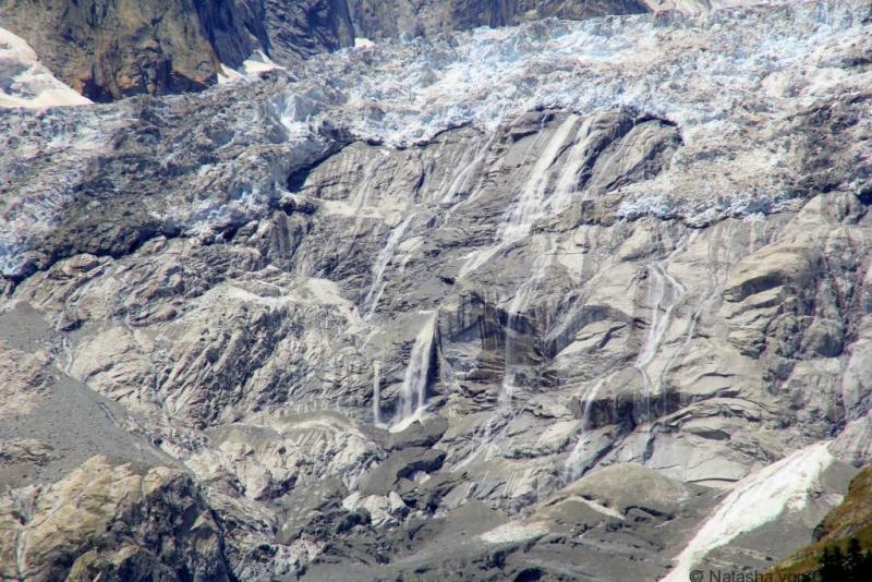 Brenva glacier from the Skyway